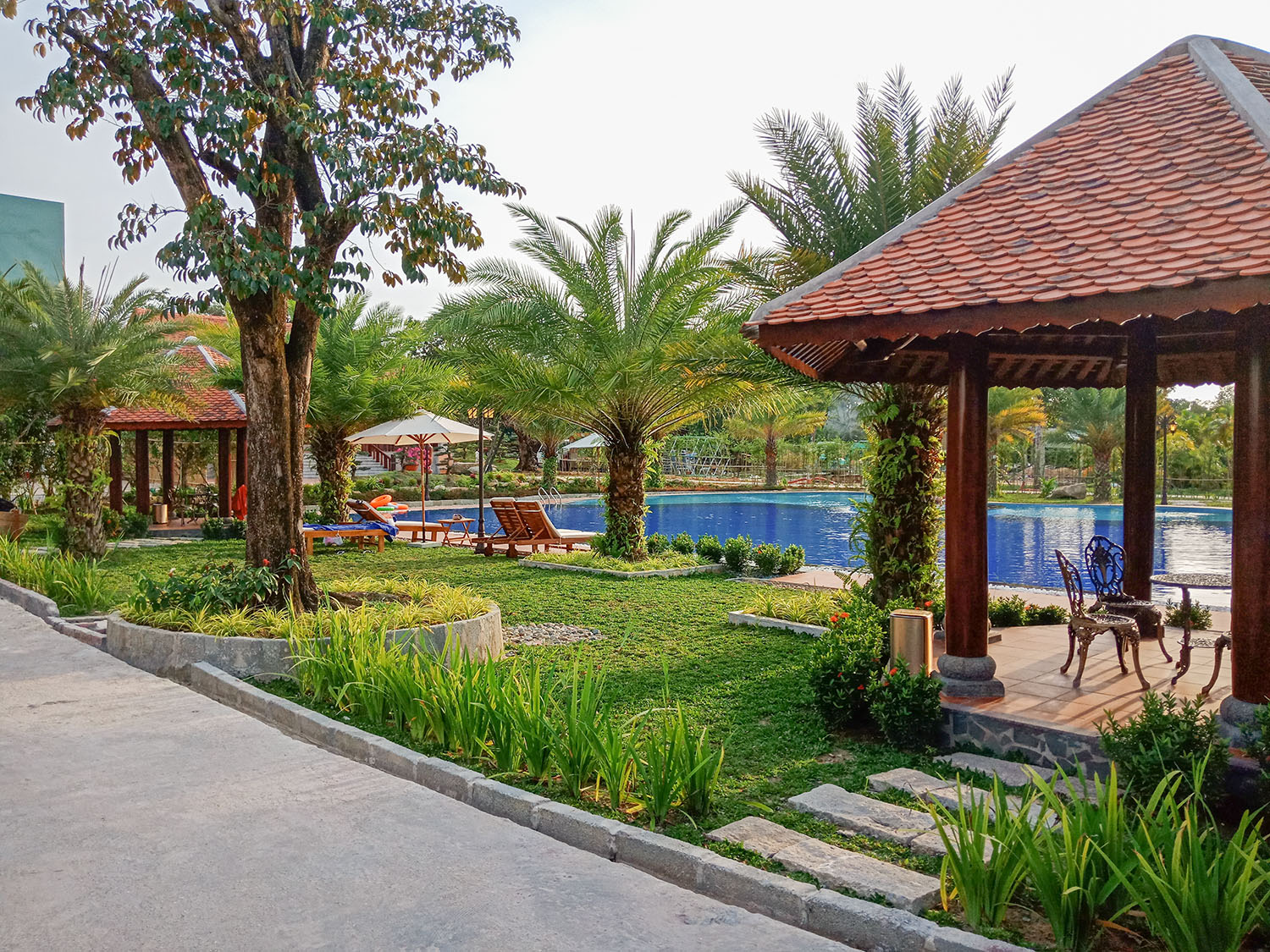 Bungalow View Pool Double